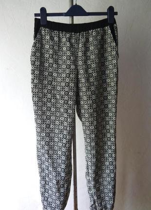Вискозные брюки джогеры