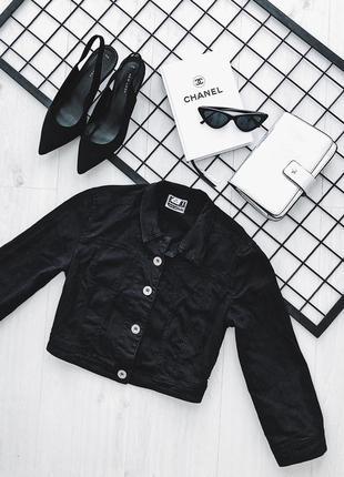 Джинсова чорна куртка bershka