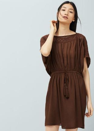 Платье с кружевной отделкой mango