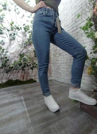 Женские джинсы - levis 721