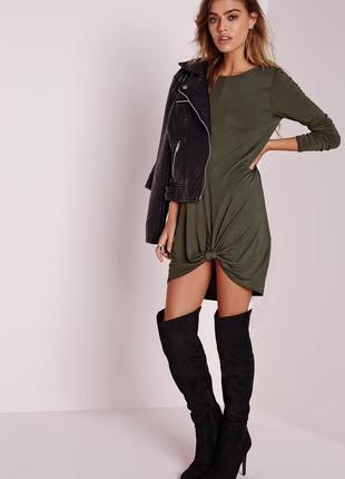 Cтильное свободное стрейчевое платье цвета хаки с длинным рукавом от missguided.