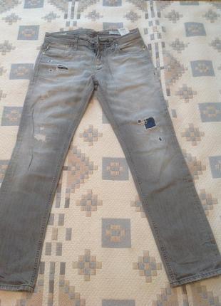 Брендовые джинсы-рванки. италия. jack&jones