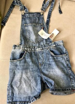 Джинсовый комбинезон  gloria jeans