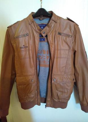 Крутая мужская кожаная куртка tom tailor