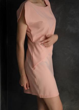 Нежно розовое платье