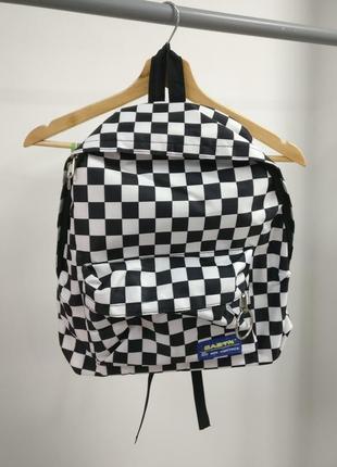 Рюкзак в черно-белую клетку б046