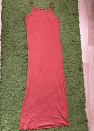Платье миди в рубчик