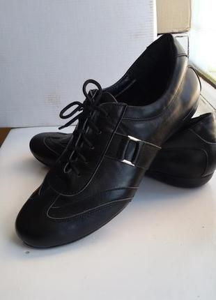 Туфли женские кроссовки натуральная кожа