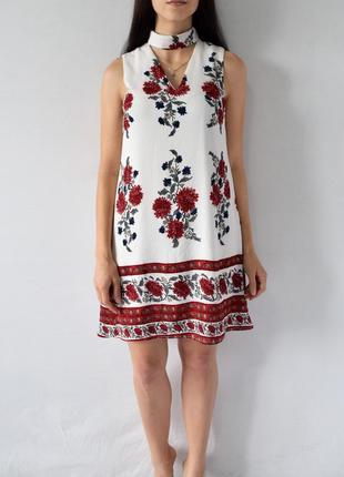 Платье с чокером new look