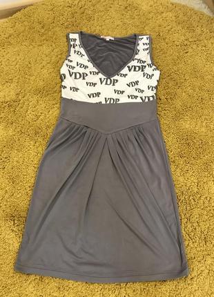 Симпатичное летнее платье
