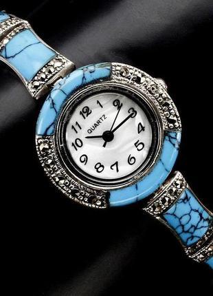 Серебряные часы с натуральной бирюзой и марказитами .