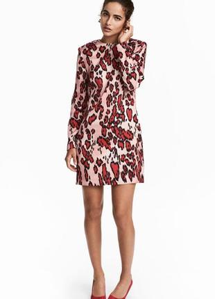 Короткое атласное платье h&m размер 38