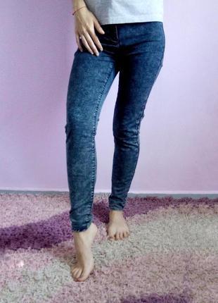 Отличные темные варенки, летние тонкие синие джинсы