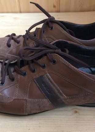 Качественные кожаные кроссовки кеды от geox