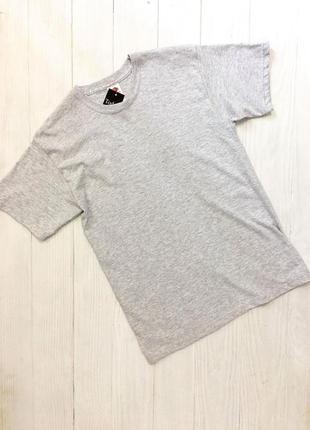 Світло - сіра футболка від fruit of the loom