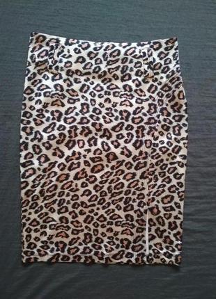 Атласная юбка с принтом под леопард