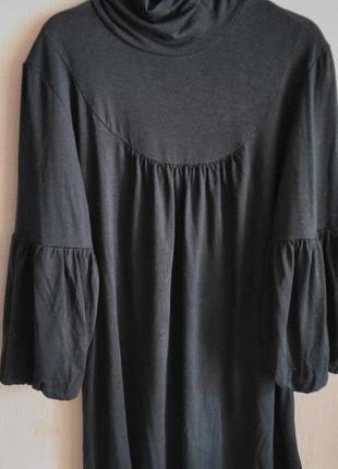 Оригинальная блуза с воротником-стойкой