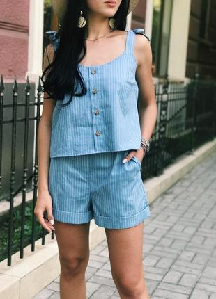 Очень стильный женский костюм шорты на высокой талии и топ ! джинс в полоску