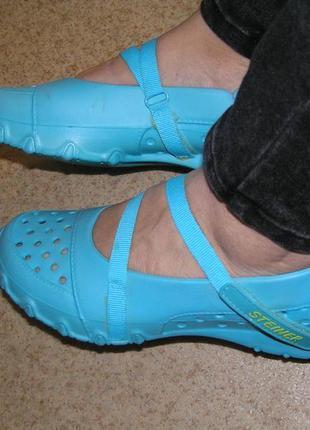 Продам 36р резиновые кроксы кроссовки слипоны на речку море дачу