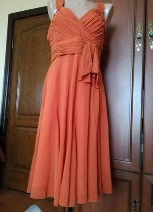 Шикарное платье 100% шелк