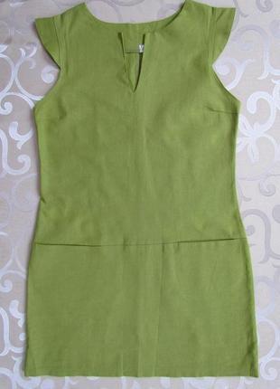 Льняное платье красивого зеленого цвета