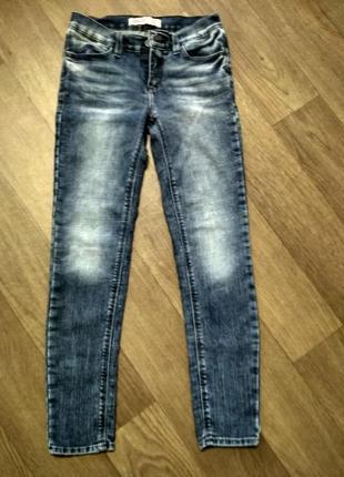 Продам джинсы,на 10-11лет
