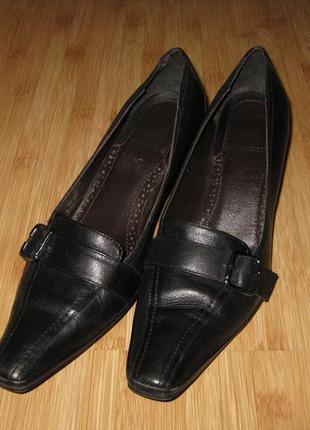 Женские кожаные туфли salamander 37р.
