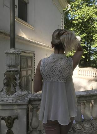 Нежная блуза разлетайкам с ажурным верхом