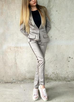 Костюмчик tago /брючный костюм (пиджак + брюки)