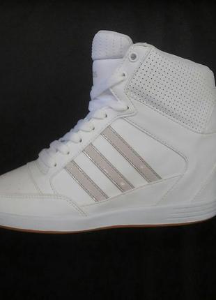 Сникерсы кроссовки на танкетке adidas neo- оригинал.