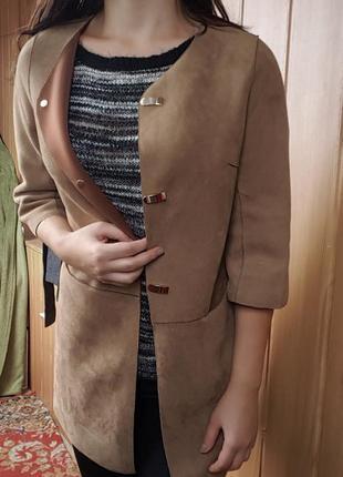Удобное пальто прямого кроя, прямое