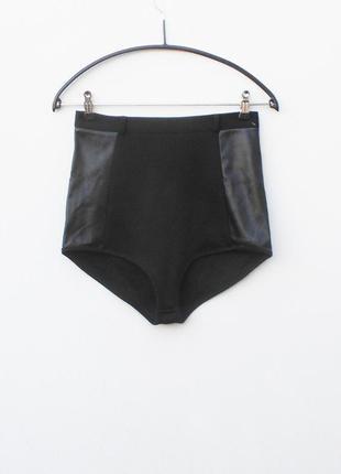 Черные высокие женские плавки с кожаными вставками (кожзам)