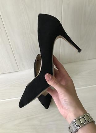 Туфли лодочки на шпильке каблуке