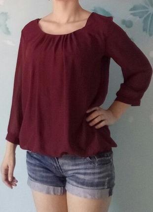 Блуза модного цвета марсала