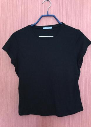 Чёрная базовая футболка 100% хлопок
