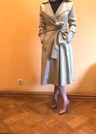 Пальто miu miu. оригинал. бренд prada. качество италии.