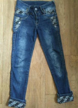 Классные джинсы для девочки