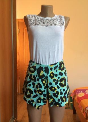 При покупке 2-х товаров скидка 20 грн!шорты-юбка! супер расцветка!