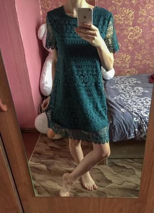 Зеленое кружевное платье new yorker