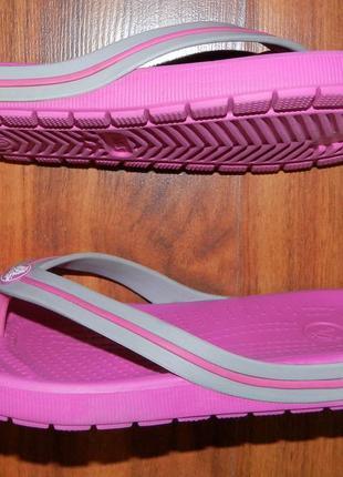 Crocs ! оригинальные босоножки-вьетнамки для пляжа или басейна3 фото
