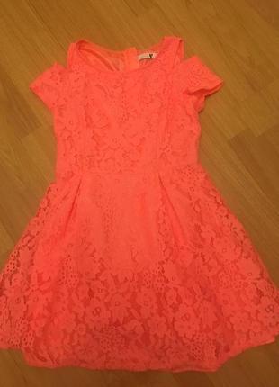 Кружевное платье на 10 лет