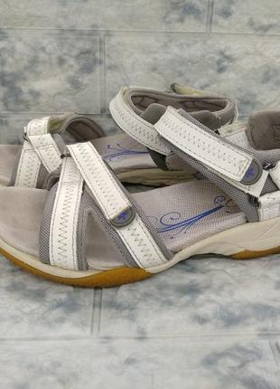 Супер удобные сандали босоножки на липучках clarks кожаные лямки ( 35.5 размер )
