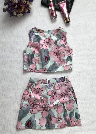 Шикарный костюм юбка и топ высокая посадка s- размер