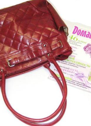Красная сумка р 26 на 32 см