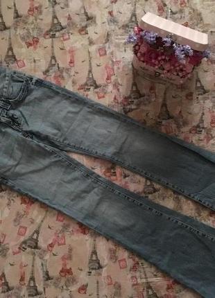 Брендовые джинсы клеш от guess рр xs оригинал !!!