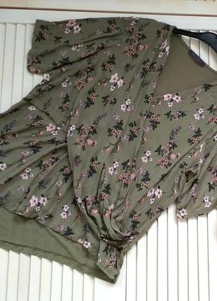 Стильная блуза, туника оливкового зеленого (хаки) цвета в цветочный принт