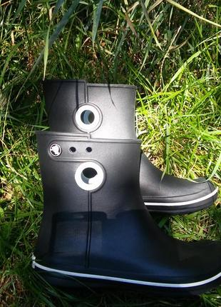 Резиновые сапоги crocs jaunt shorty boot раз. w6 (наш 36)