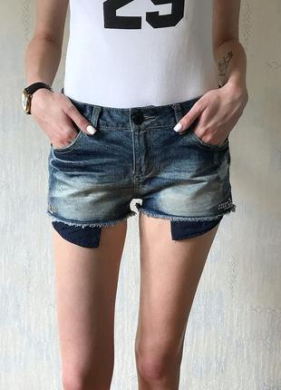 Стильные джинсовые шорты new look