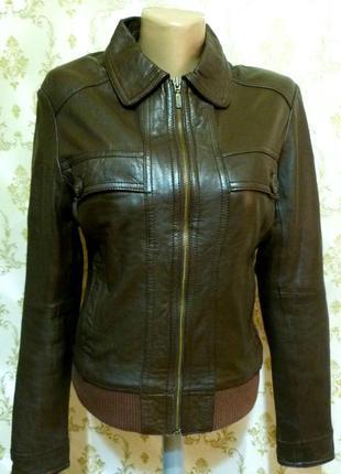 Фирменная кожаная куртка. кожа 100%.
