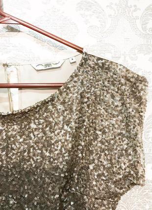 Блуза с золотыми паетками